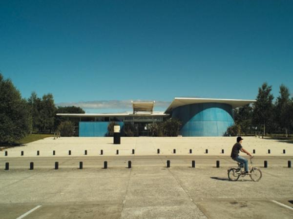 La Bibliothèque — Pôle Arts Visuels Pays de la Loire