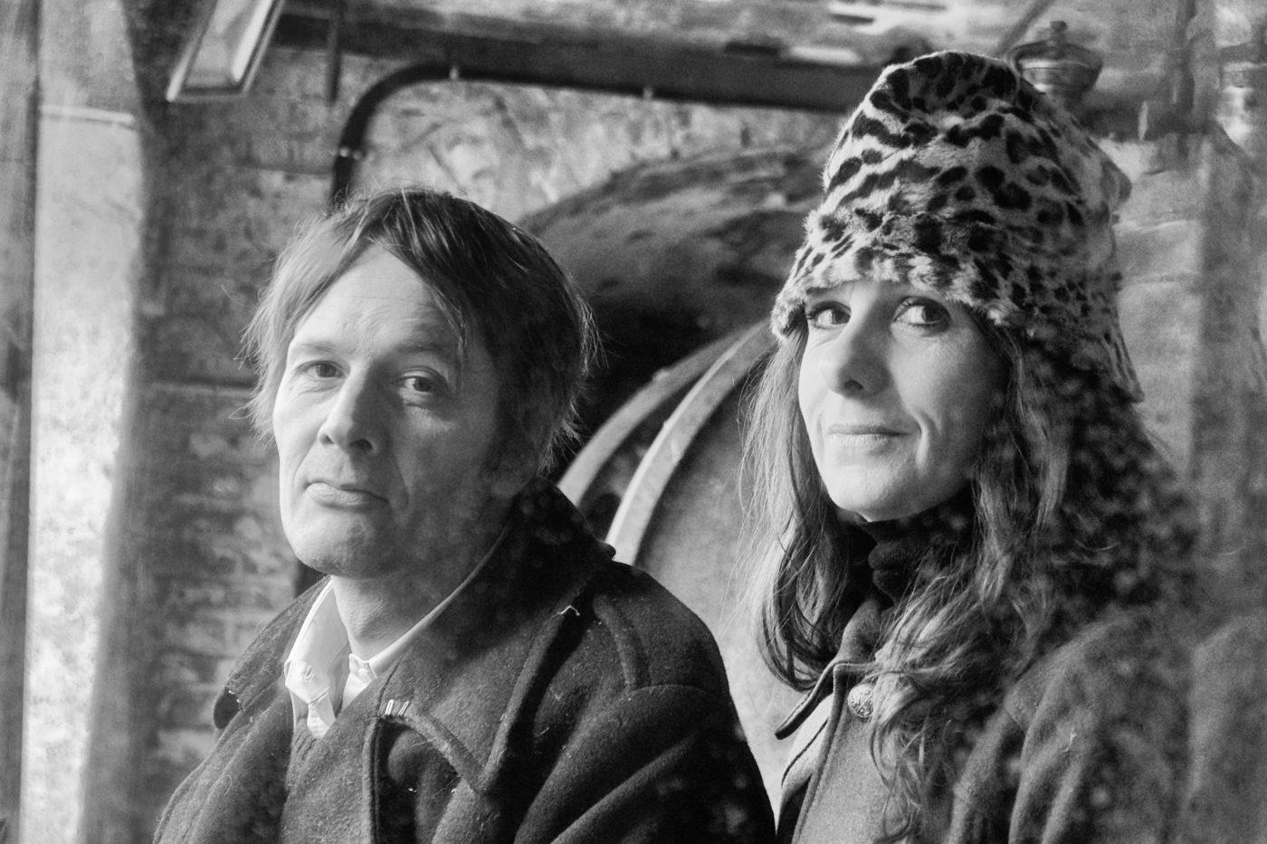 Shelly de Vito et James Porter, artistes et directeurs artistiques des Moulins de Paillard (Poncé-sur-le-Loir, Sarthe) — Pôle Arts Visuels Pays de la Loire